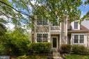 5674 Thorndyke Ct