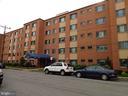 1200 S Arlington Ridge Rd #701