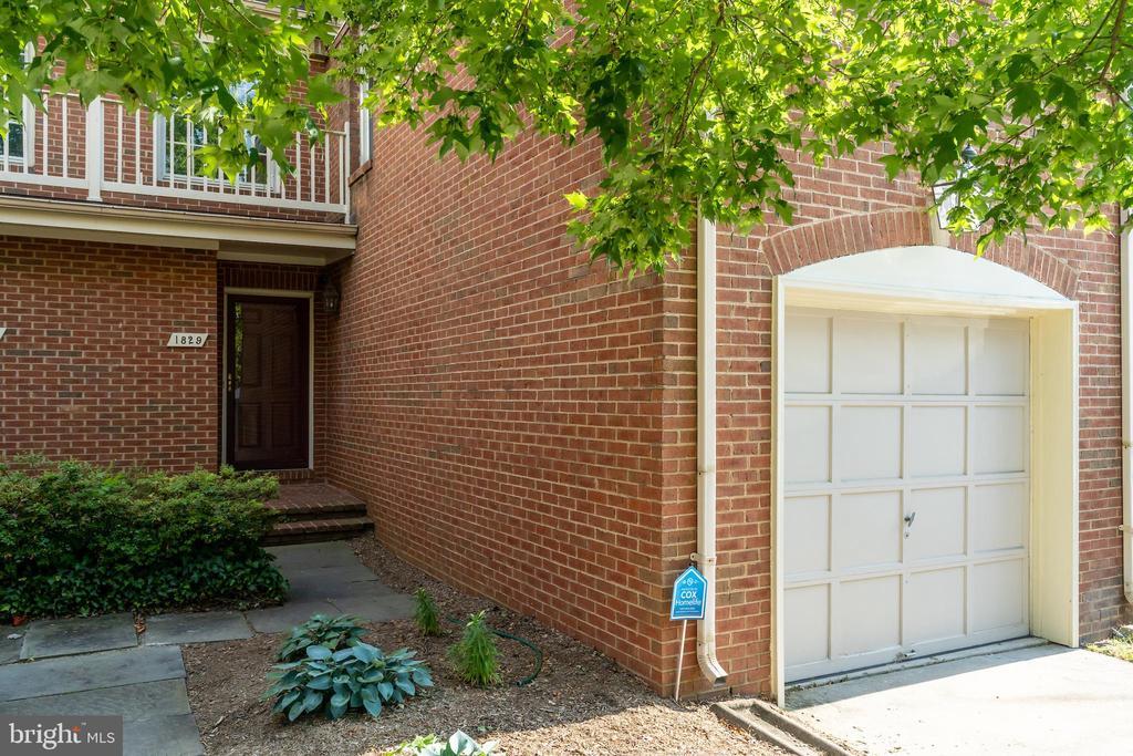 1829 Duffield Lane, Alexandria, VA 22307