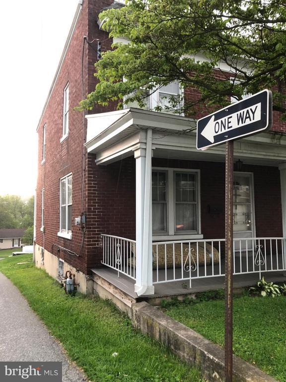 64 E Main Street, Mountville, PA 17554