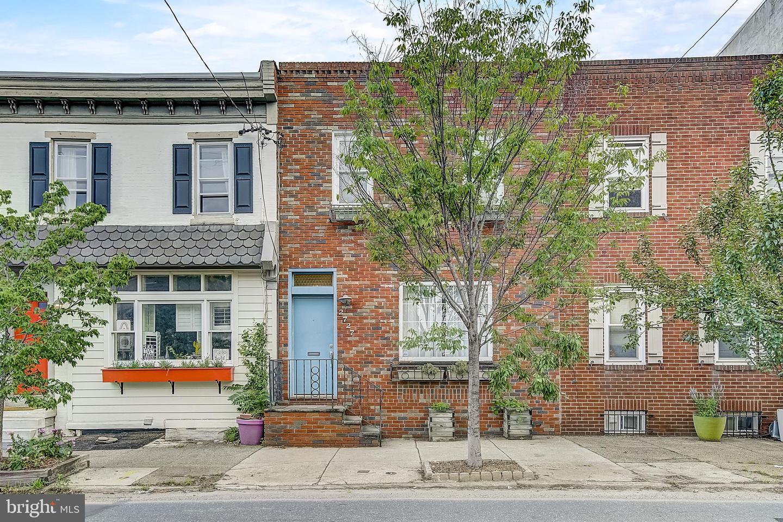 2727 Poplar Street Philadelphia, PA 19130