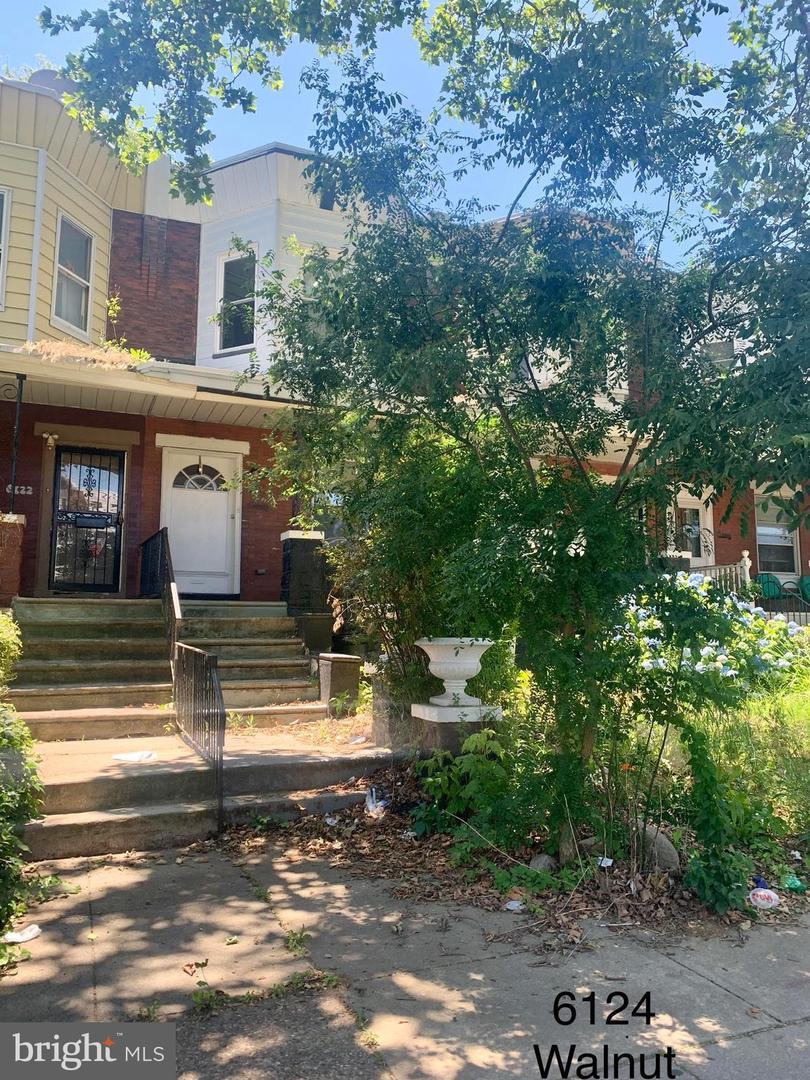 6124 Walnut Street Philadelphia, PA 19139