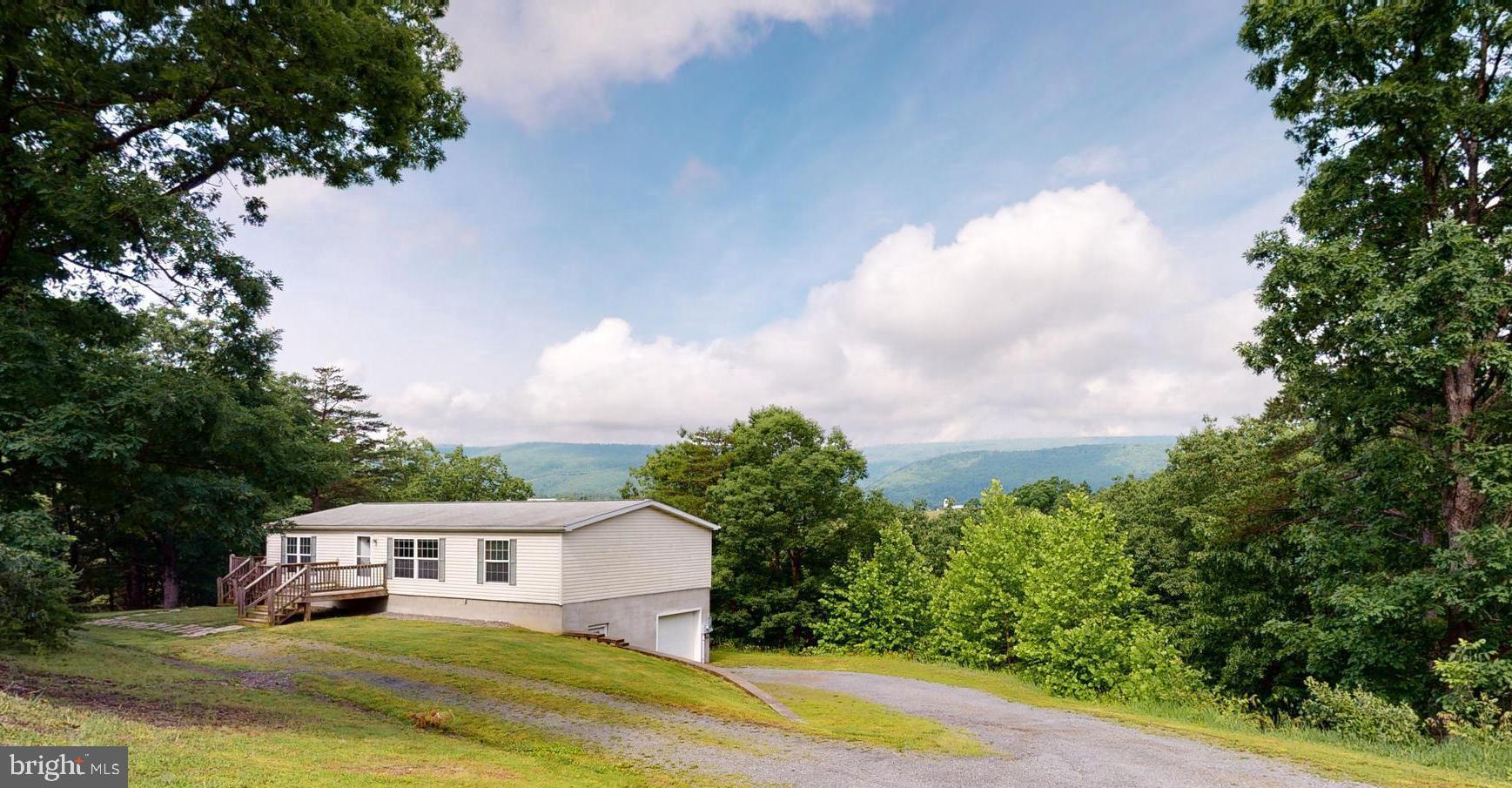 615 High Point, Maysville, WV 26833
