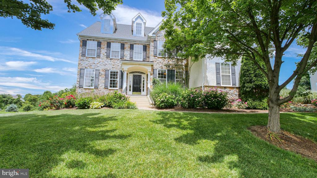 105 Pin Oak Drive, Kennett Square, PA 19348