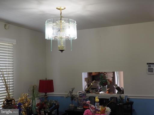8021 Revenna Ln Springfield VA 22153