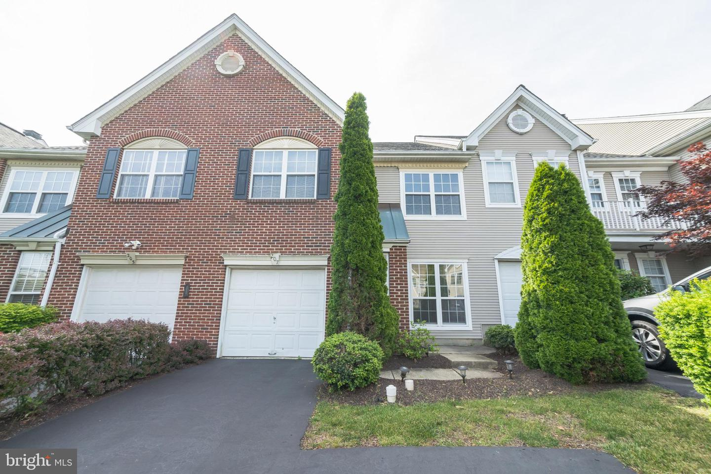 207 Valley Forge Lookout Place Wayne, PA 19087