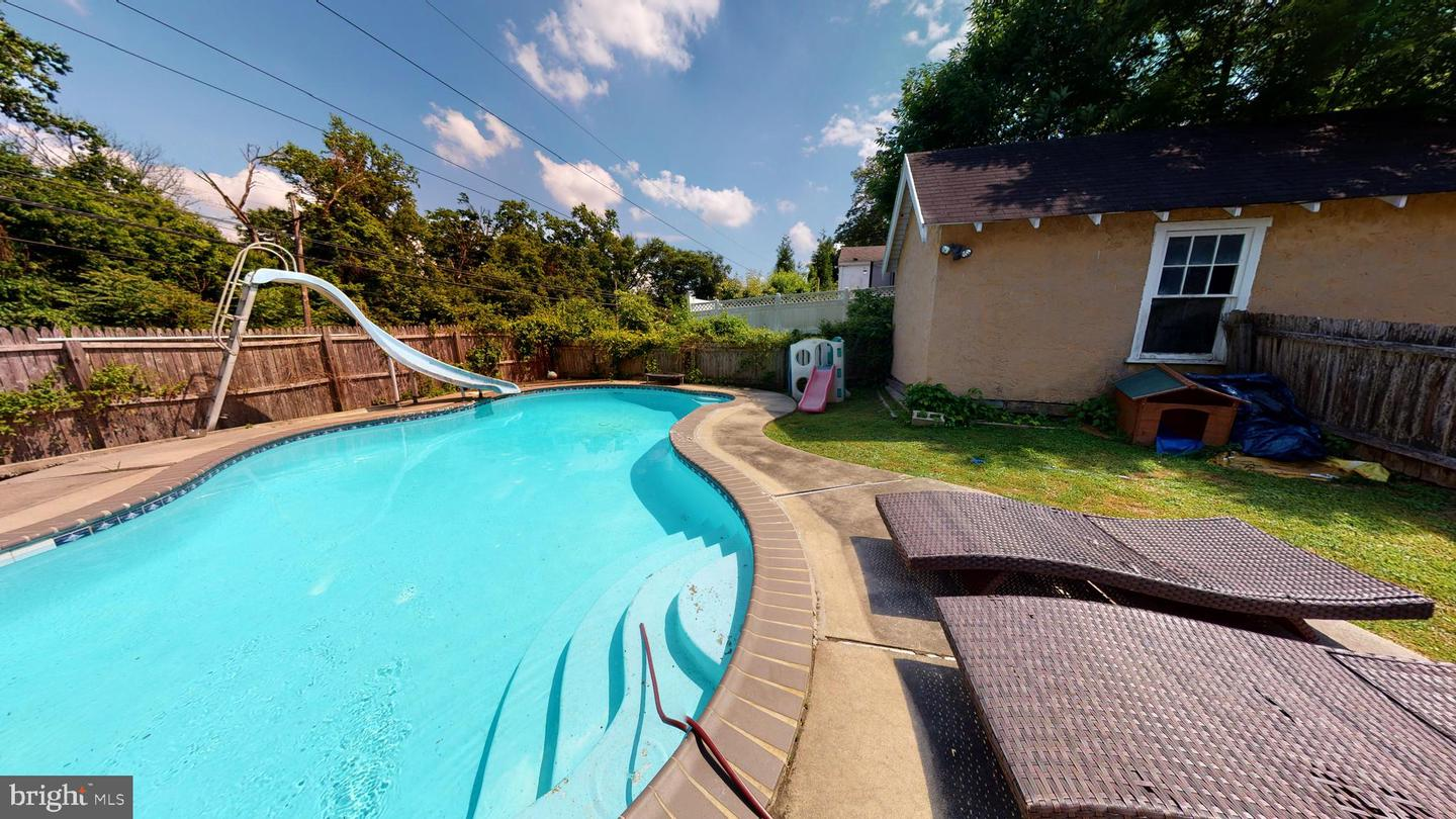821 Grove Place Havertown, PA 19083