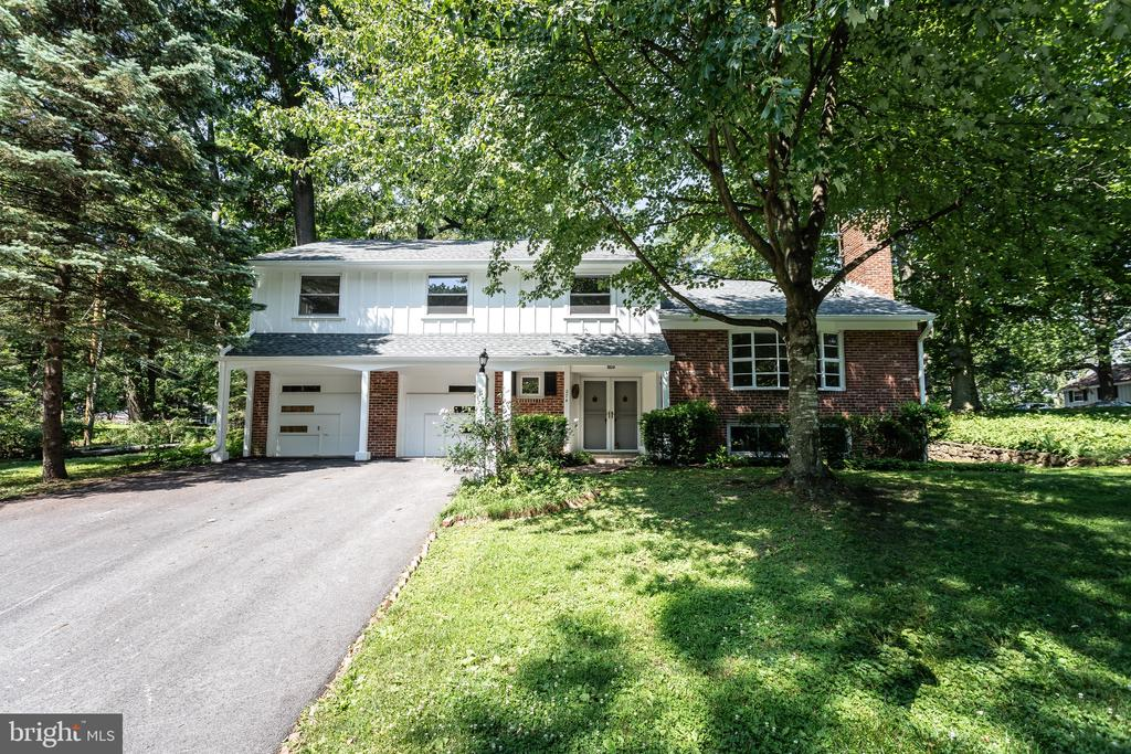 Welcome to 274 Vincent Rd- this spacious and well maintained home has 4 bedrooms, 2.5 bathrooms and is situated on a quiet street in #1 Rated Tredyffrin-Easttown School District.  This home offers hardwood flooring through first and second levels; a large living room with wood burning fireplace; formal dining room;  newly carpeted lower level with fireplace; three seasons room addition perfect for the upcoming summer months; separate laundry area with laundry chute, master suite with bathroom, ceramic tiled hall bathroom with dual vanity, and 3 more spacious bedrooms.  All of this plus a 2 car attached garage and a brand new roof.  This home is close to everything- all major roadways for an easy commute to Philadelphia and Wilmington, minutes to Paoli train station and Downtown Wayne with it's amazing array of dining and shopping options, and walkable to Friendship Park offering a playground, tennis and basketball courts.  Make your appointment today to see this wonderful property; you will not be disappointed!