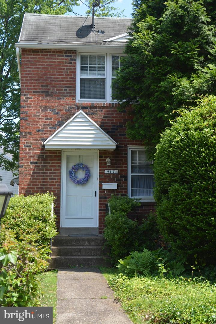 417 Country Lane Narberth, PA 19072