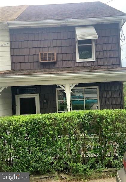 228 W Howard Avenue, Coaldale, PA 18218