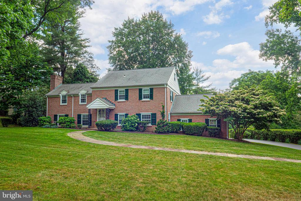 "Please click on the movie camera icon for our awesome virtual tour! There are many obvious perks to living in Gladwyne ~ bucolic neighborhoods, expansive historic estates, the proximity to Philadelphia and New York. 1536 Sweet Briar Road is a stately Main Line classic situated on a .71 acre lot on a beautiful tree lined street with a large deep private rear yard (perfect for a pool and pool house), and a heated/cooled Florida room. This meticulously maintained residence with beautiful hardwood flooring throughout, offers four bedrooms, two full and one half baths, and is the perfect sanctuary from the hustle and bustle of the city. Greet guests in the spacious formal Living Room with a handsome brick front, wood burning fireplace, a banquet sized formal Dining Room and Study with custom built-ins and access to the powder room affording a guest bedroom option. An updated, modern kitchen features a large center island perfect for casual meals, granite countertops, tile backsplash, 42"" wood cabinets, and recessed lighting. Upstairs you will find the master bedroom, spacious and awash with natural light. A wall of built in closets will separate your clothes nicely. The adjoining spa styled en suite is accented with a furniture style vanity and luxe walk-in shower. Three secondary bedrooms are serviced by a hall bath with a large linen closet and separate full laundry room. The third floor attic is partially floored and offers the option of additional living space or storage. There is also a full, finished, daylight basement with laundry and storage. Over 3,536 sq ft. of interior living space! And, you will also benefit from a whole house generator assuring you will keep cool in the summer and warm in the winter. Convenient to transportation, shopping, and some of Philadelphia's most treasured parks and landmarks, life at 1536 Sweet Briar Road will put you in the center of it all in one of Gladwyne's most iconic and charming neighborhoods."