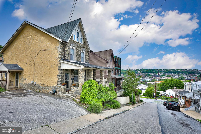 105 Rockland Avenue Bala Cynwyd, PA 19004