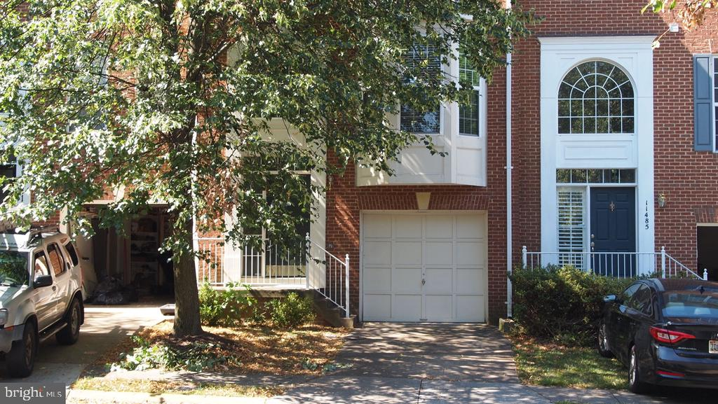 Photo of 11483 Carriage Gate Ct