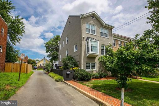 512 E Howell Ave, Alexandria, VA 22301