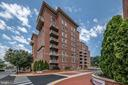 4490 Market Commons Dr #605