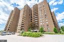 200 N Pickett St #1404