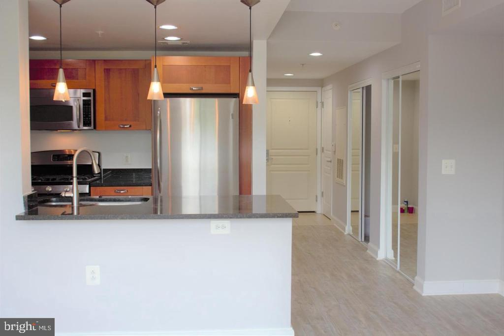 Photo of 2451 Midtown Ave #717