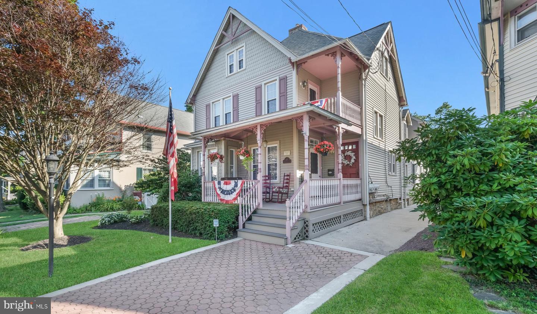 Doylestown                                                                      , PA - $1,199,000