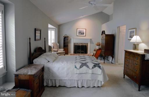 14504 S Hills Ct Centreville VA 20120
