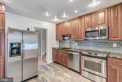 2302 Archdale Rd Reston VA 20191