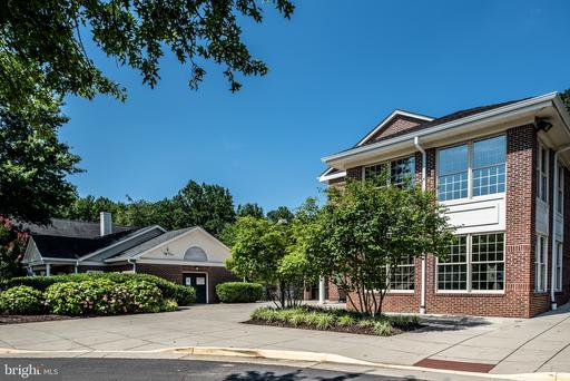 12150 Penderview Ter #.1335, Fairfax 22033