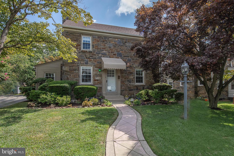 913 Roberts Avenue Drexel Hill, PA 19026