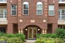 13724 Neil Armstrong Ave #407