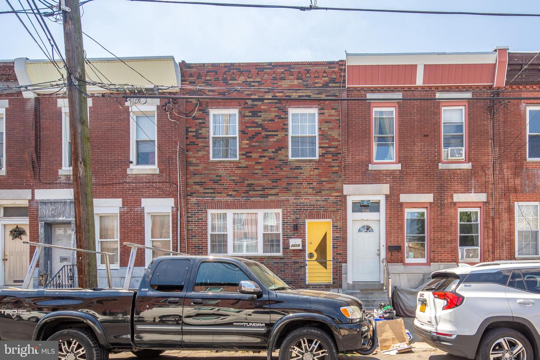 2018 S 16th Street Philadelphia, PA 19145