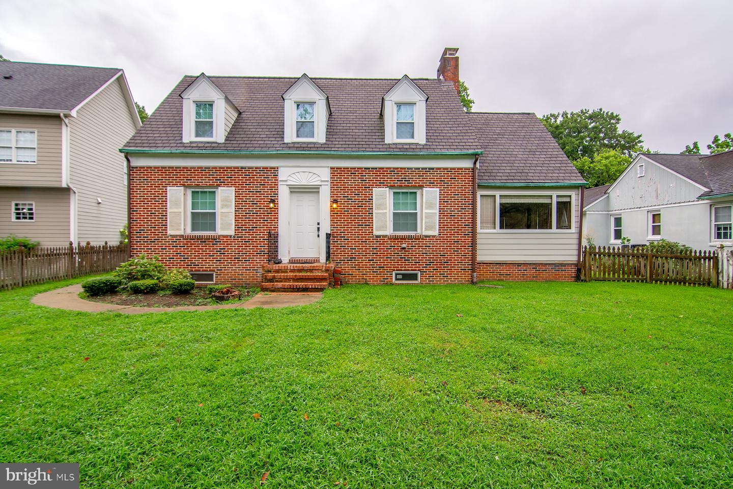 1916 Thomas Drive   - Annapolis, Maryland 21409