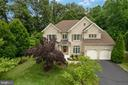 4711 Benjamin Cross Ct