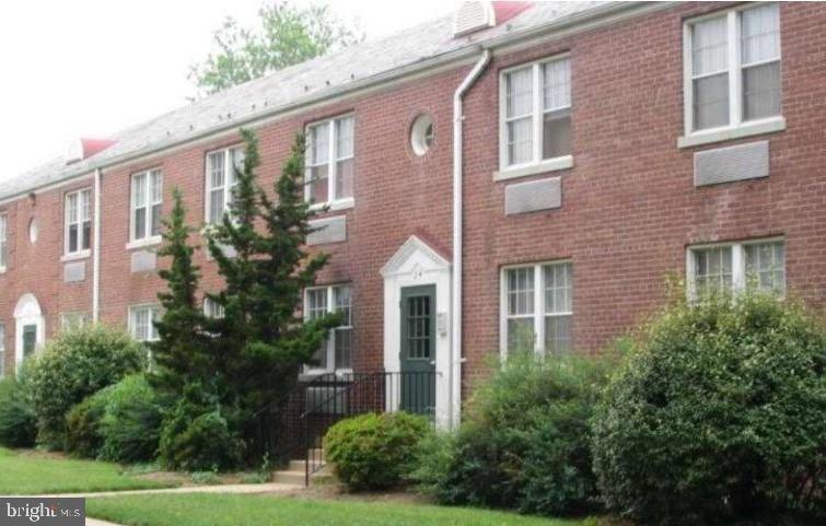 24 Auburn Court  #A - Alexandria, Virginia 22305