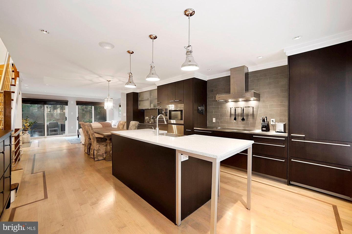 4347 Embassy Park Drive NW  - Washington, District Of Columbia 20016
