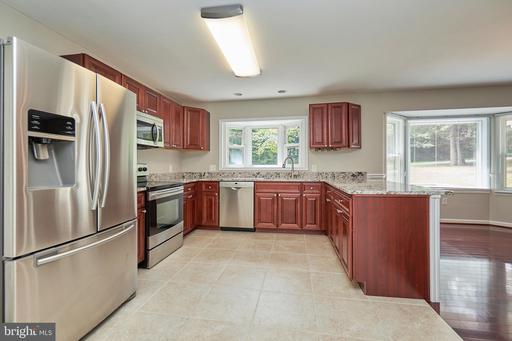 1816 Collingwood Rd Alexandria VA 22308