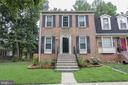 13911 Woods Run Ct