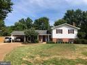 8403 Ashwood Dr