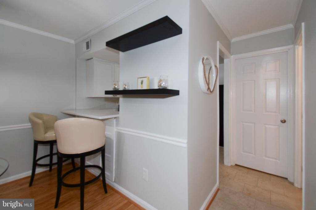Photo of 1114 N Taylor St #1