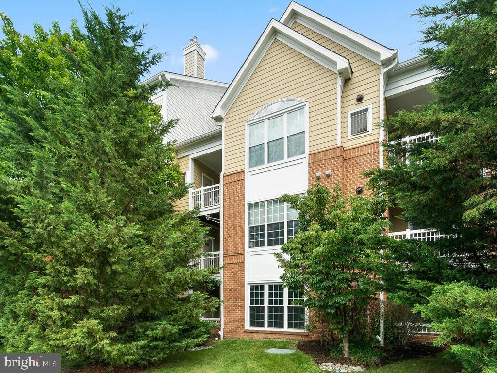 2101 Highcourt Lane  #103 - Herndon, Virginia 20170