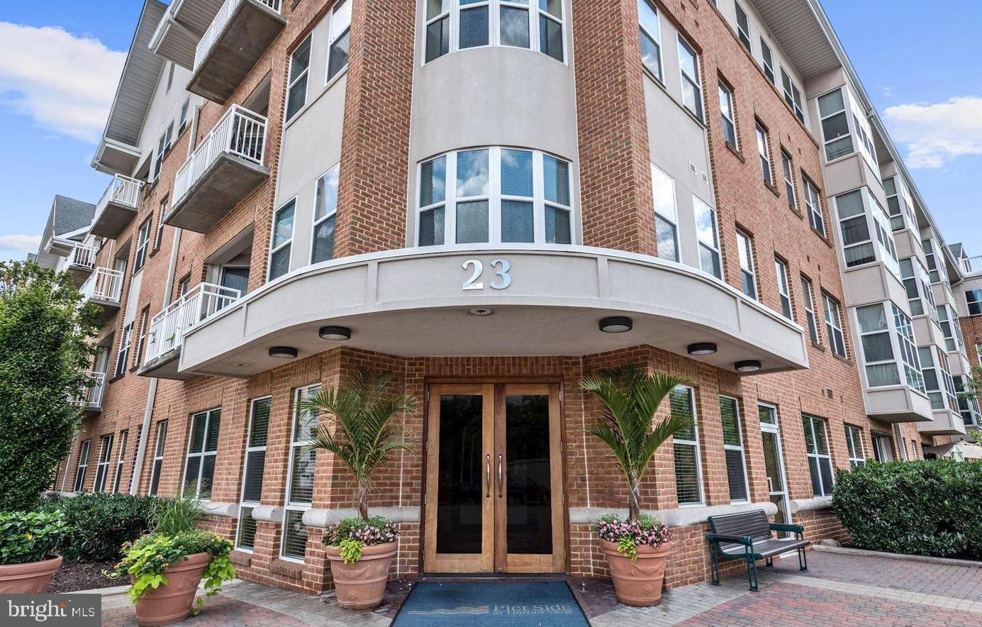 23 Pierside Drive 201, Baltimore, MD 21230