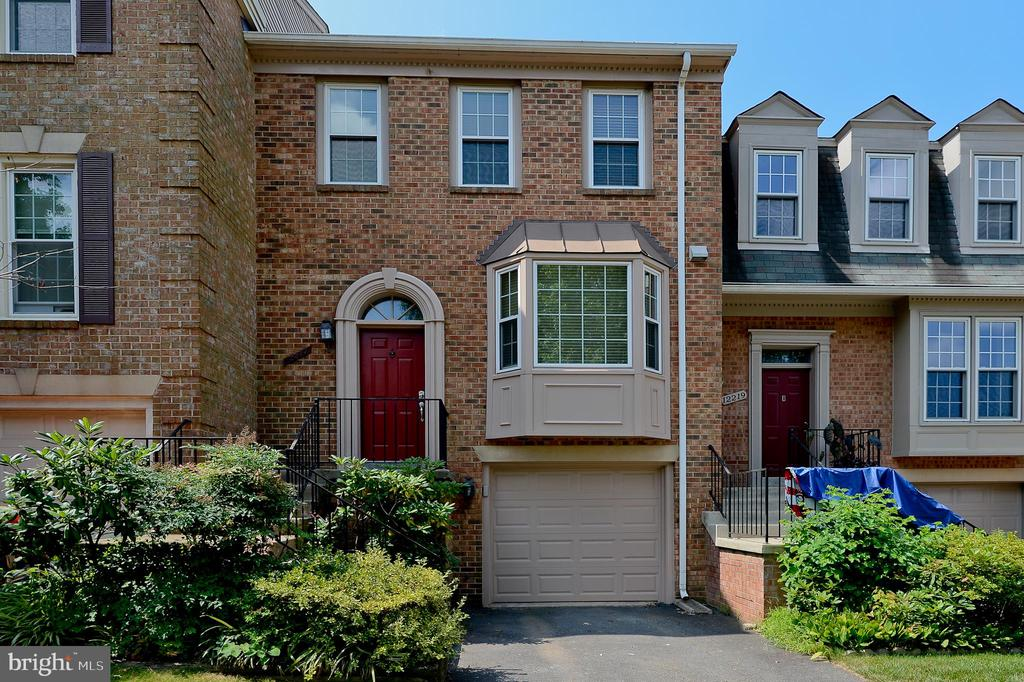 Photo of 12217 Apple Orchard Ct