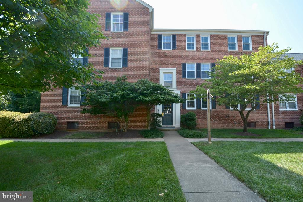 Photo of 1801 Belle View Blvd #A2