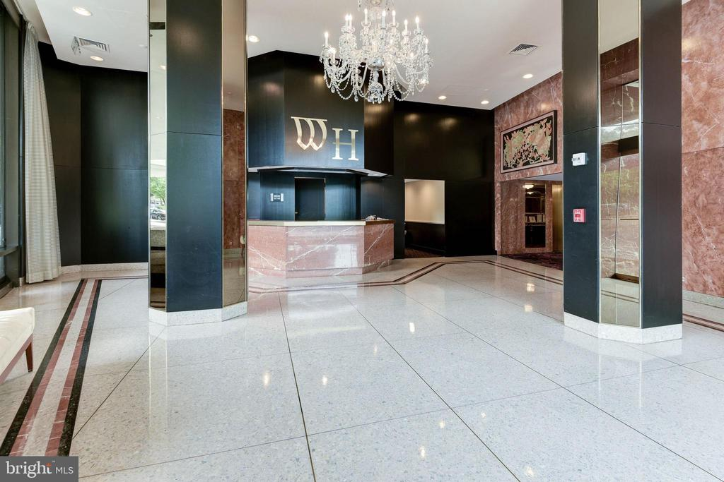 Photo of 1200 Crystal Dr #312