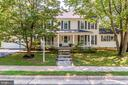 7232 Devereux Ct