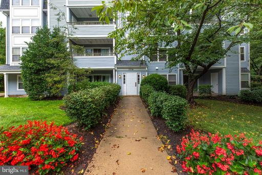 7714 Lafayette Forest Dr #141, Annandale 22003