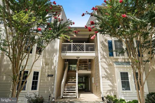 12217 Fairfield House Dr #109a, Fairfax, VA 22033