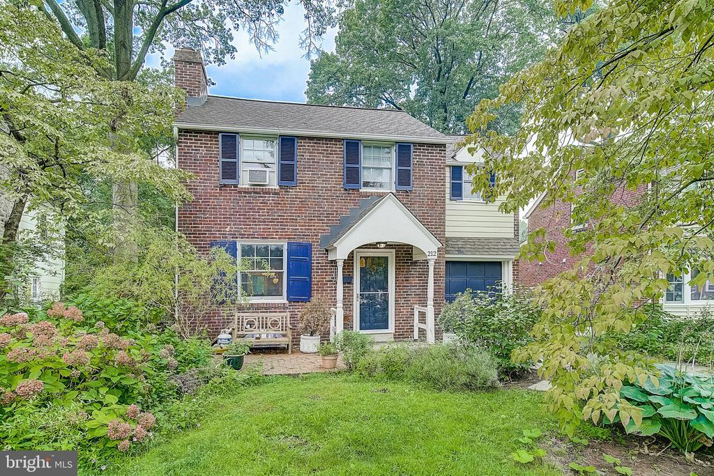 Don't miss this lovely updated 3 bedroom brick Colonial on the best quiet, tree-lined street in Ardmore! Pride of ownership and attention to every detail throughout with great sunlight, open floor plan from dining room into kitchen overlooking backyard with Anderson patio door. The living room boasts an inviting wood-burning fireplace and is open to adjacent dining room and kitchen. New addition from 2018 includes the upgraded eat-in kitchen with granite countertops, stainless appliances and beautiful hardwood floors, mud/laundry room, powder room, and a den/bonus room with high ceilings and flooded with natural light that could be used as a professional office or even In-Law Suite! Expansive master bedroom features recently remodeled en suite private bath. Two additional bedrooms and a full hall bath complete the second floor. The exterior features meticulous landscaping with front yard visiting patio, perennial border and fenced-in vegetable garden in the tree-lined rear yard. Convenient to everything- SEPTA and Amtrak trains, Suburban Square and Ardmore shopping, restaurants, beautiful parks and trails, the location can't be beat! This is the one!