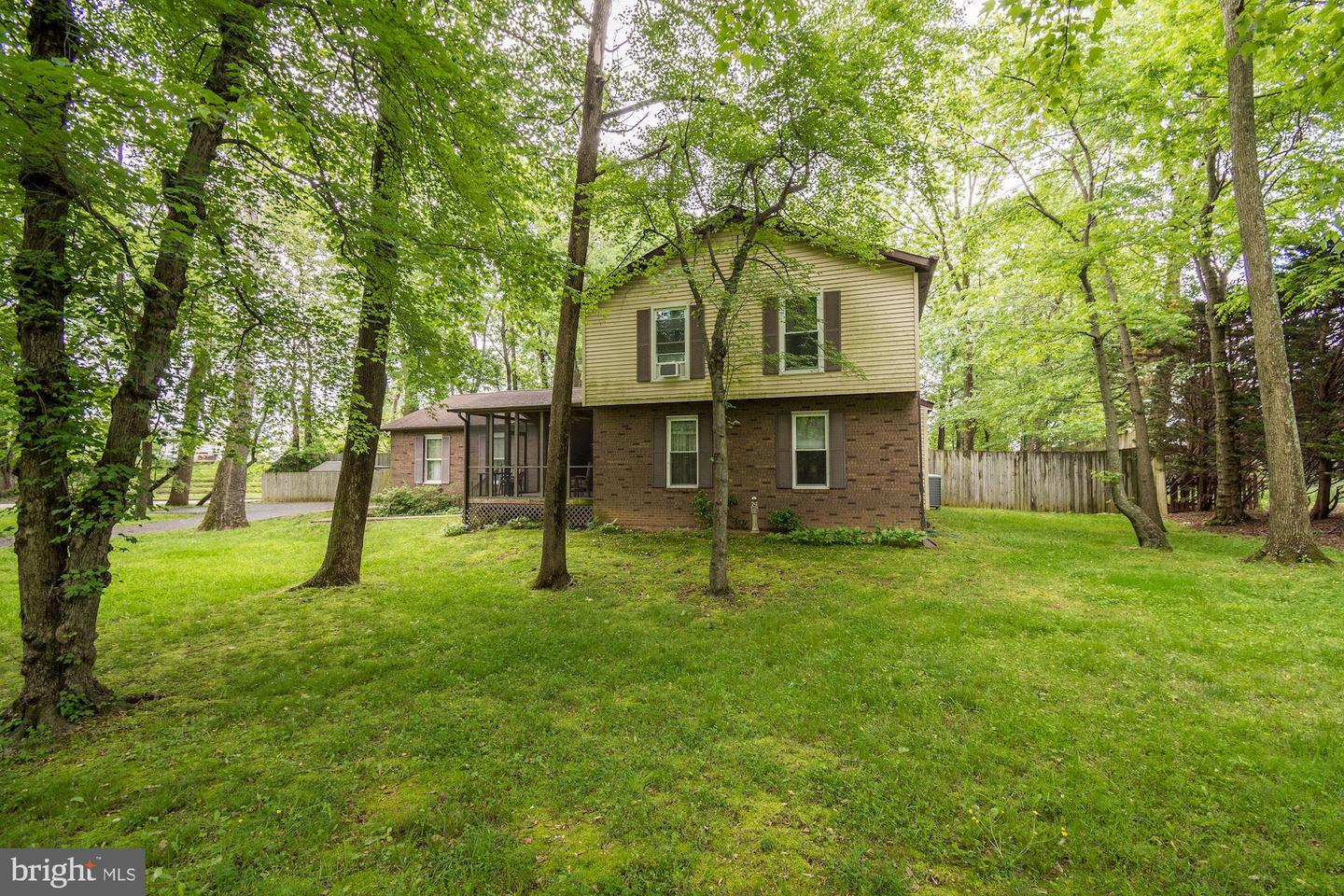 11 Old Mill Bottom Rd N                                                                               Annapolis                                                                      , MD - $1,300,000