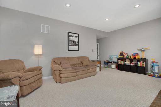 13841 Coleman Ct Centreville VA 20120