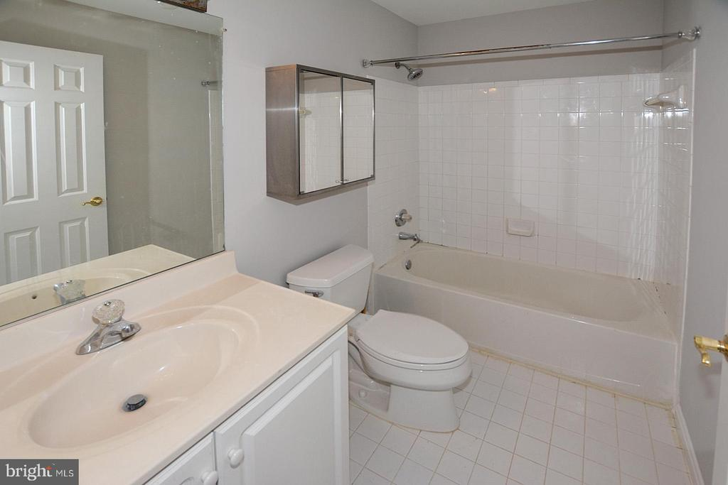 Photo of 7328 Fountain Spring Ct