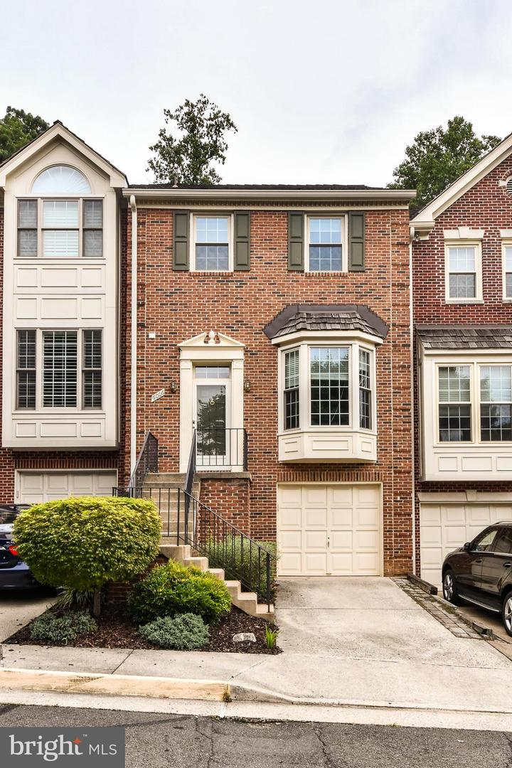 6006 Kelsey Court   - Fairfax, Virginia 22044
