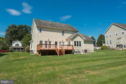 244 Hermitage Blvd Berryville VA 22611